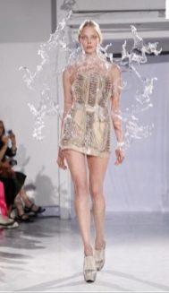 FDM-selects-IRIS-VAN-HERPEN-f2011-couture-paris-photo-11-NowFashion-on-FDMloves