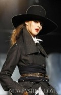FashionDailyMag-Dsquared2-details-sel13-fall11-runway-p-NowFashion-on-FDM-loves