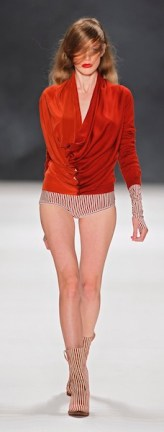 AFRIENDLY AF VANDERVORST sel 27 brigitte segura MBFWB ss12 ph LECCA on FashionDailyMag