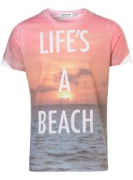 Topshop-Lifes-A-Beach-Crew-T-Shirt-on-www.fashiondailymag.com-by-Brigitte-Segura
