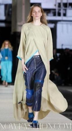 ACNE-spring-2012-london-sm-FashionDailyMag-select-1-photo-NowFashion-on-FDMLOVES