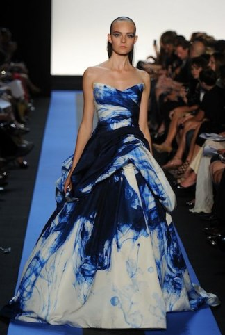 MONIQUE LHUILLIER SM spring 2012 FashionDailyMag sel 2 brigitte segura ph frazer harrison getty