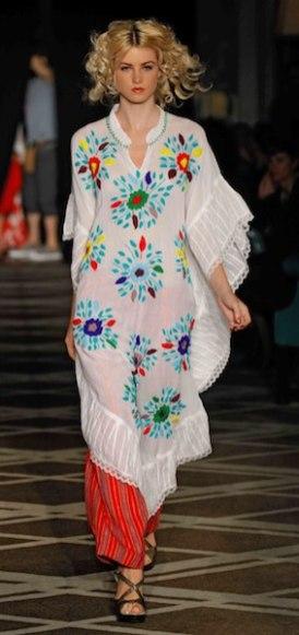 WGACA-spring-2012-fashiondailymag-sel-22-photo-randy-brooke-on-FDM