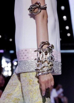 GIAMBATTISTA VALLI SPRING 2012 PARIS fashiondailymag sel nowfashion