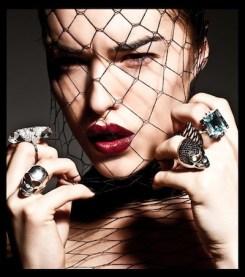 MOOD-on-beauty-JUNIOR-fashiondailymag