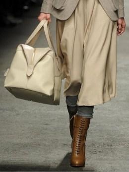 TRUSSARDI-fall-2012-MILAN-fashiondailymag-sel-12-runway