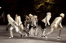 moncler-grenoble-aw12-central-park-FashionDailyMag-sel-1-atmosphere-48