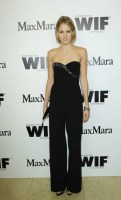 Cody-Horn-in-Max-Mara