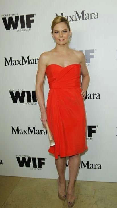 Jennifer-Morrison-in-Max-Mara