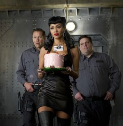 Nicole-Scherzinger-wearing-black-leather-dress-by-CARLA-DAWN-BEHRLE-in-MIB-III-ph-4