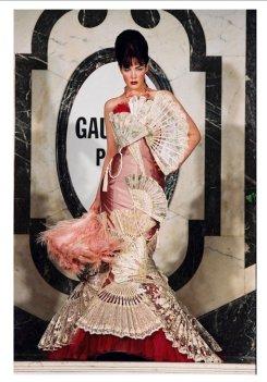 GAULTIER divine jacqueline | FashionDailyMag sel