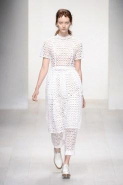 SIMONE ROCHA SS13 LFW fashiondailymag sel 2 white