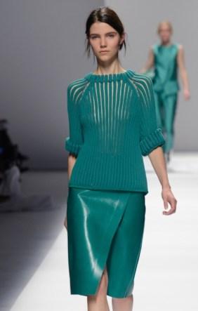 sportmax spring 2013 FashionDailyMag sel green knit