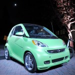 Smart forjeremy Showcar green By Jeremy Scott - World Premiere