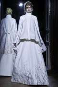 LINDSEY WIXSON | gareth pugh fall 2013 | fashiondailymag sel 1