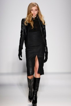 Sergio Davila Fall Winter 2013 fashiondailymag 11