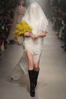 Vivienne Westwood Fall Winter 2013 fashiondailymag look 32