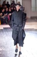 yohji yamamoto   fashiondailymag 7
