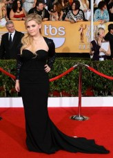 ABIGAIL BRESLIN sag awards in diamonds FashionDailyMag
