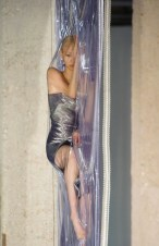 Iris Van Herpen fall 2014 FashionDailyMag sel 12