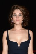 Gemma Arterton vanity fair party cannes fashiondailymag