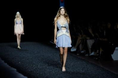Mary Katrantzou SS15 (Shaun James Cox, British Fashion Council) 2 fashion daily mag