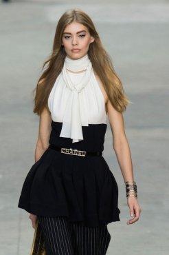 Chanel SS15 PFW Fashion Daily Mag sel 41 copy