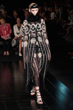 McQueen spring 2015 FashionDailyMag sel 56