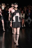 McQueen spring 2015 FashionDailyMag sel 66