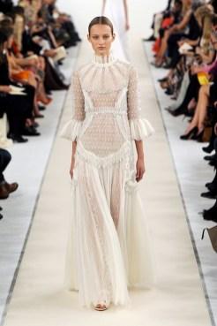 VALENTINO SALA BIANCA 945 FashionDailyMag sel 3