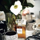 chanel N5 fragrance jewelry Narciso Rodriguez Kate Spade FashionDailyMag fragrant gift guide 2014