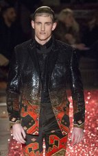 GIVENCHY MENSWEAR fall1516 FashionDailyMag sel 31