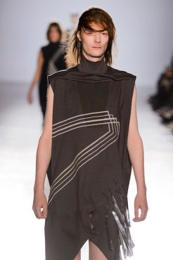 RICK OWENS fall 2015 FashionDailyMag sel 13