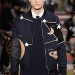 valentino moon fall 2015 menswear fashiondailymag sel 15