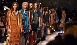 Burberry Womenswear Autumn_Winter 2015 Show Final_002
