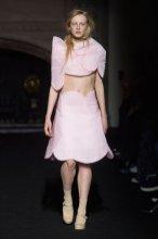SIMONE ROCHA FALL 2015 fashiondailymag sel 9