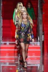 VERSACE fall 2015 MFW FashionDailyMag sel 1