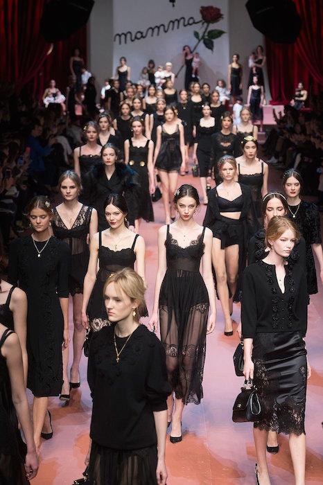 finale DOLCE GABBANA fall 2015 FashionDailyMag sel 43