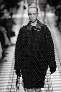 BALENCIAGA fall 2015 fashiondailymag sel 98 edie campbell