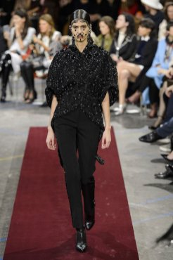 GIVENCHY fall 2015 fashiondailymag sel 85