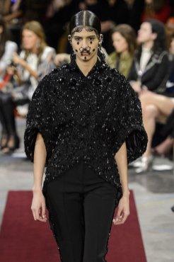 GIVENCHY fall 2015 fashiondailymag sel 86
