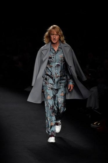 Owen Wilson at valentino fashiondailymag sel 1
