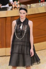 chanel fall 2015 fashiondailymag sel 15