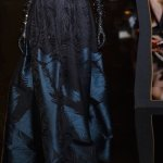 elie saab fall 2015 fashiondailymag 3 detail
