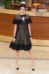 kendall jenner chanel fall 2015 fashiondailymag sel 89