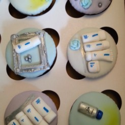 Zo Obagi minty H cupcakes FashionDailyMag