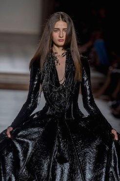 JULIEN FOURNIE FW15 couture fashiondailymag 78