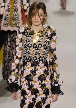 Giambattista Valli Floral FashionDailyMag 9