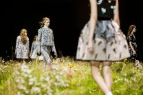 MONCLER GAMME ROUGE ss16 atmospher FashionDailyMag 03