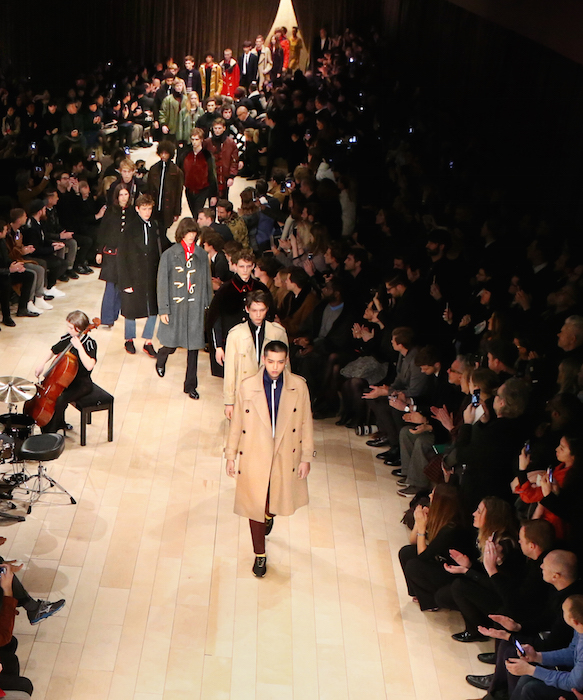 Burberry Menswear crop January 2016 Show Finale_002